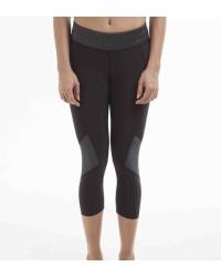 Daniella Black Capri Pants